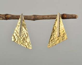 Mixed metal big earrings, hammered gold stud, brass geometric stud, large triangle stud, minimal jewelry, designer earrings, women gift idea