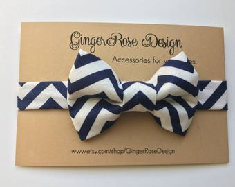 Navy and White Chevron Bow Tie; Blue and white Bow Tie; Chevron Bow Tie; Adjustable Bow Tie; Boy Bow Tie; Toddler Bow Tie; Baby Bow Tie