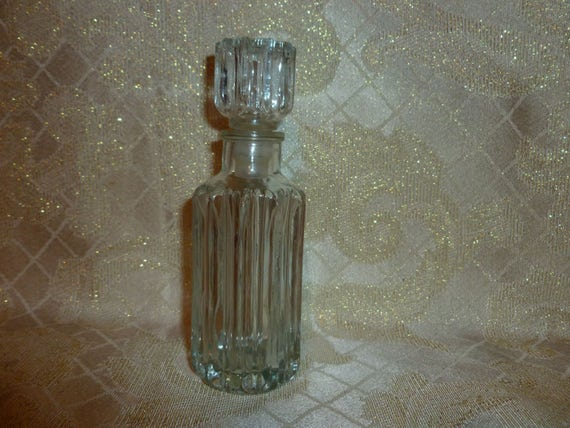 Perfume bottle cologne bottle fox fire avon cut glass style for Cut glass bottle with string and fire