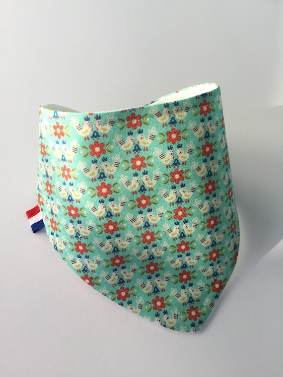 New born baby  bandana bib with birds and flowers. Hand made out of soft cotton, waffle cotton and colour snaps.