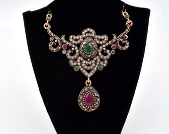 Antique Gold Ornate Vintage Style Green and Red Crystal Fashion Necklace