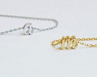 script initial necklace