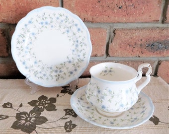Royal Albert Caroline vintage 1980s high tea porcelain trio made in England, high tea, gift idea