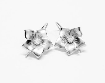 E0108/Anti-Tarnished Matte Rhodium Plating Over Brass+ Cubic Zirconia/Flower Earring Hook/17x15mm/1 pair