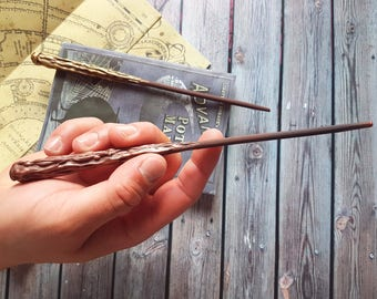 2 Zauberstäbe - Harry Potter Zauberstäbe Perfekt als Partyaccessoires - braun gold bronze - Wand - Cosplay