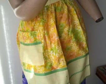Handmade Vintage 70s floral apron with ric rac trims