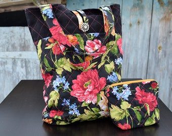 Quilted bag set, Floral patchwork bag, Handmade bag, Hand quilted bag, Handbag with flowers, Sewing bag, Tote bag, Handmade patchwork bag.