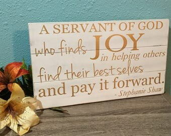 Custom quote wood sign • Personalized home decor • Gold wood decor • Shabby Chic • Servant of God • Inspirational quote • custom wood signs