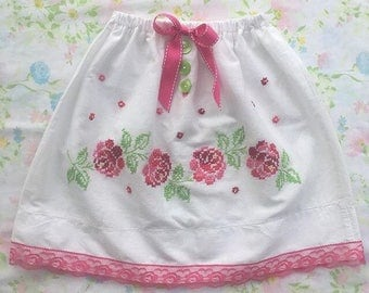 50% OFF SPRING SALE! Handmade skirt from vintage linens. Size 4T.