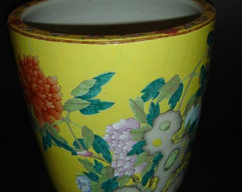 Antique Chinese Qing Dynasty Famille Rose Yellow Ground Huge Cylindrical Scroll Pot Fish Bowl Planter With Butterflies Amongst Flowers.