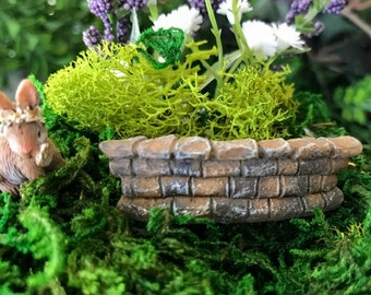 Miniature Teeny Curved Stone Wall