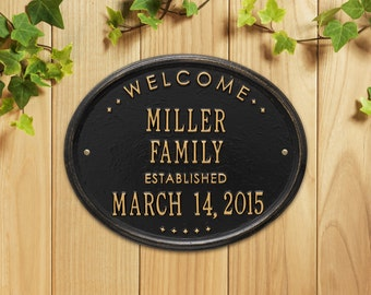 "Welcome Oval ""Family"" Established Personalized Plaque"