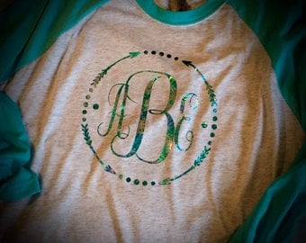 FOIL MONOGRAM Baseball T-shirt ANY Size/Color Raglan tee Raglan T-shirt Great Gift Smooth-n-Shiny Foil Ask me to design something for you