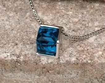 Pedant | Blue Austrian Crystal | Platinum Plated