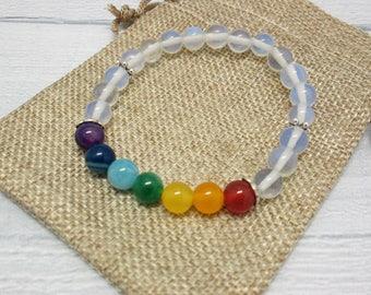 Birthday gift Gemstone bracelet Gift for sister White bracelet Prayer beads Bohemian bracelet Mala bracelet Bracelet chakras Sister gift