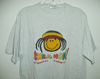 Rastafari tee// 90's reggae Rasta mon tee// Vintage unisex graphic smile travel Caribbean souvenir// Large men women