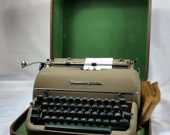 Mid Century Manual Typewriter, Remington Quiet Riter, Vintage 1950's Portable Typewriter, Writer Gift, Office Décor, Beatnik - Boho Style