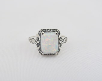 Vintage Sterling Silver White Opal Ring Size 8