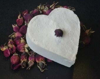 Love spell bath bomb