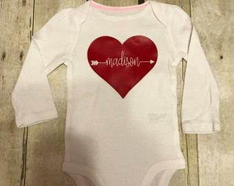 Valentines Bodysuit, Baby Girls Valentines Outfit, Heart Bodysuit, Personalized Valentines Bodysuit, First Valentines Day Onesie