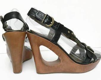 Vintage Black Wooden Platform Wedges with Gold Metal Buckles Made of wood and faux leather Size 6 by Madden Girl