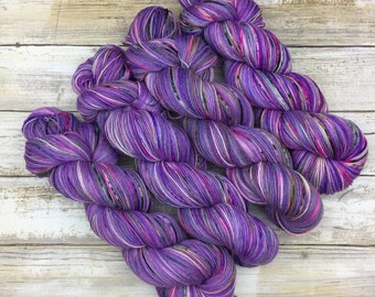 Hand Dyed Yarn | Superwash South American Wool/Nylon Blend | Robust Sock/Fingering Weight | 100 g.| Berry Kiwi Colada | 4-ply