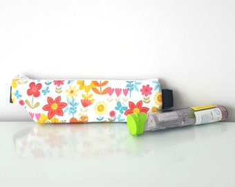 Autoinjector pouch - for EpiPen(R) - Flowers - waist or shoulder, thermal insulation, waterproof - Handmade, allergies