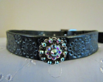 BDSM submissive leather collar,Beautiful Crystal Concho,flower design,cast steel buckle