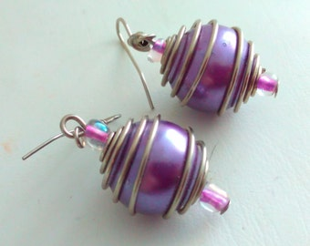 Vintage, 4cm, earrings, drop earrings, vintage earrings, long earrings, dangle earrings, purple earrings, purple drop earrings, purple beads