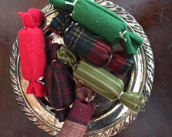 Primitive Christmas Candy Bowl fillers