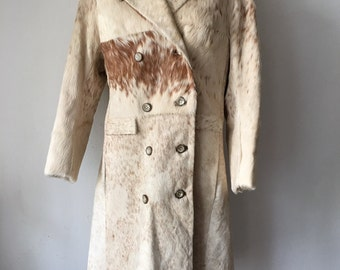Long Genuine Beige Cow Fur Coat Retro Design Women's Size Small.