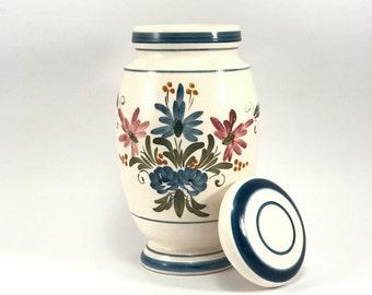 Vintage handmade storage jar/container// ceramics//pottery//herb pot//pharmacy jar//painted