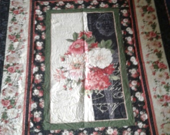 Twin size french floral quilt