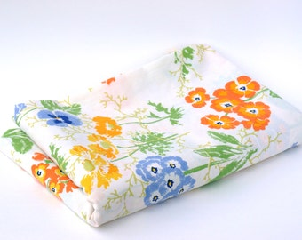 Vintage Floral Twin Flat Sheet, Vintage Floral Bed Linens, Retro Colorful Floral Print Flat Sheet, Blues Yellows Oranges Greens on White