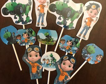 Rusty Rivets cupcake toppers. (12) Rusty Rivets birthday party supplies.