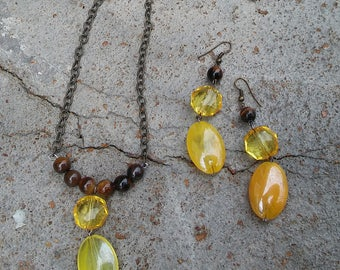 Honey Brown Necklace and Earrings