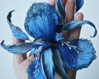 Blue Grey Silk flower Iris, flower iris brooch, iris hair clip, gift for her, iris pin, silk iris clip, flower accessories,floral head piece