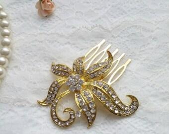 Golden flower wedding comb Bridal hairpiece Rhinestone leaf Vintage styled,  golden headpiece.