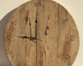 Clock handmade from recycled pallet wood