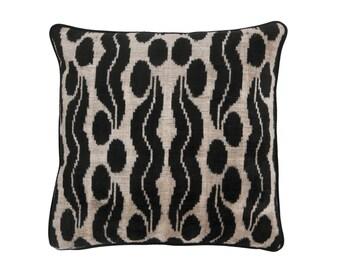 19'' x 19'' velvet ikat pillow , hand-woven ikat ,modern ikat cushion cover , decorative cushion