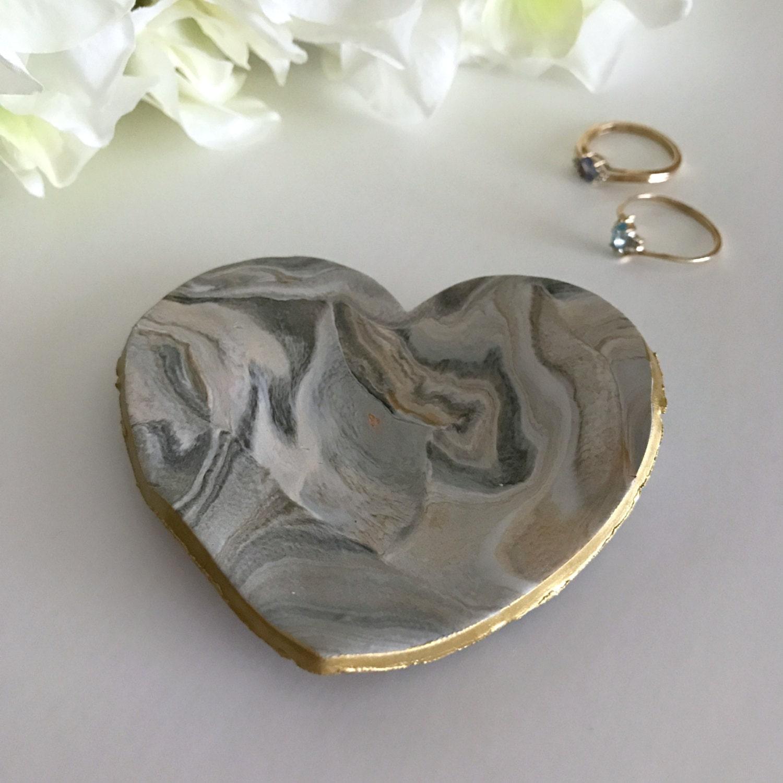 Marble jewelry dish heart trinket dish ring dish ring for Heart shaped jewelry dish