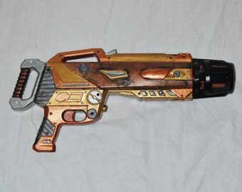 HUGE Steampunk Gun Cosplay Costume Weapon Big Toy Gun Unique Comic Conventions Found Objects Hand Painted Post Apocalpytic Battle Ready
