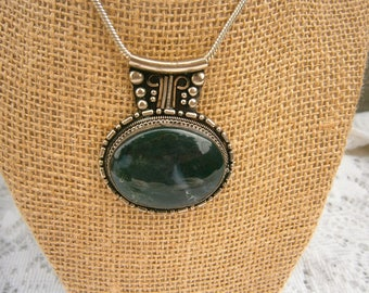 Alpaca Silver Natural Green stone Necklace