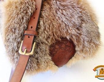 Leather handbag with Fox Fur
