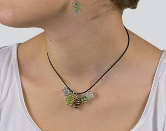 Sea glass necklace and earrings ensemble «Chinese Lanterns»