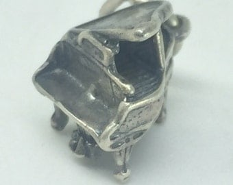 Grand Piano 925 Silver Charm - FREE SHIPPING within the USA