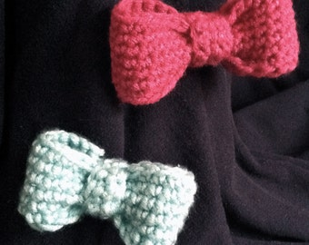 Crocheted Bow Clip
