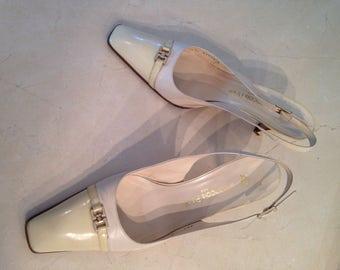 François Pinet - pair of shoes cream colour has open heels 40.5 t