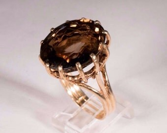 14K Yellow Gold Large Brown Topaz Ring, size 10