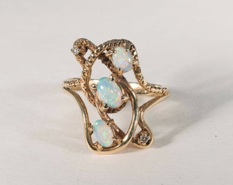 14K Yellow Gold Opal and Diamond Ring, 4.9 grams,  size 8